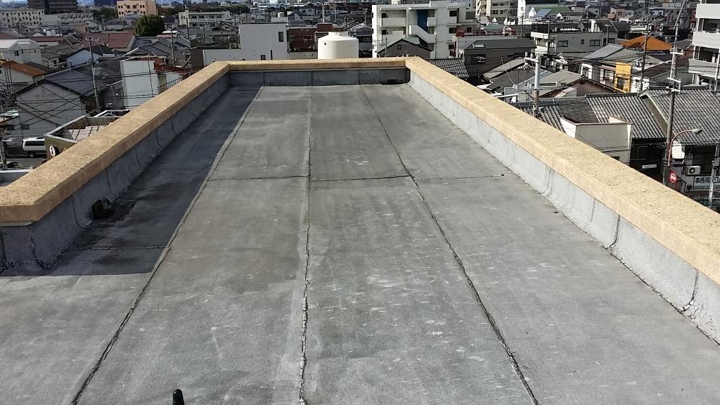 尼崎市 Sハイツ 塩ビシート防水改修工事の施工前