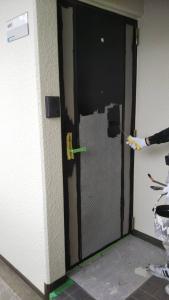 ドアの防水塗装もさせて頂き、よりオシャレな雰囲気になりました。