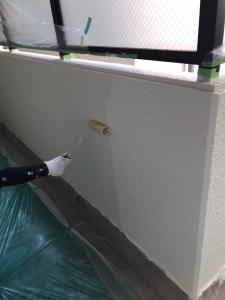 【廊下 塗装 施工後】      その後、下塗り、中塗り、上塗りを行い、仕上げていきます。